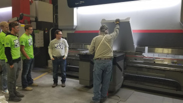 Seeing a press brake in action